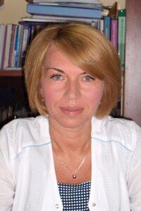 Наустінна Оксана Віталіївна  к. мед. н, лікар акушер-гінеколог дитячого та підліткового віку вищої категорії