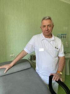Кустрин Богдан Федорович  лікар акушер-гінеколог вищої категорії