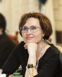 Антонюк Світлана Константинівна  лікар педіатр вищої категорії